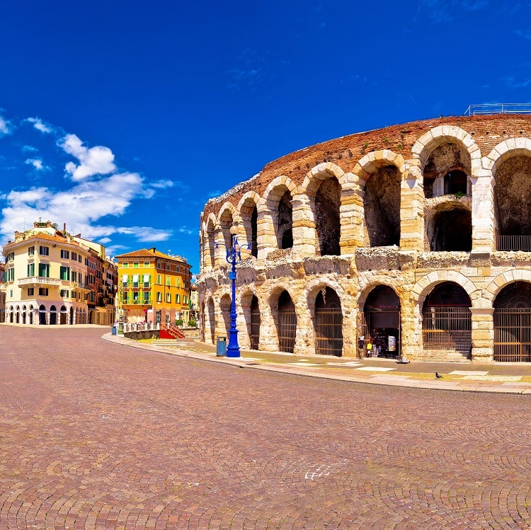 Verona-rimski-amfiteatr-gr-min