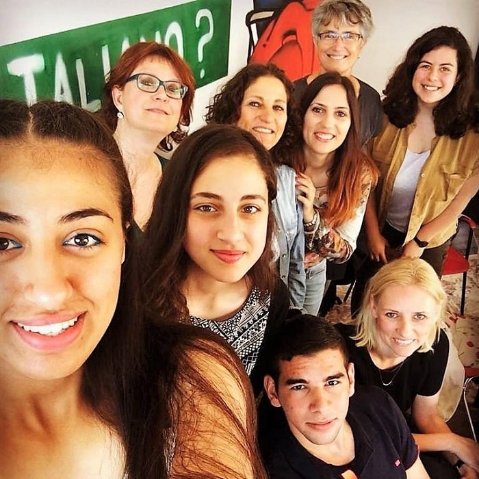 studenty-italyanskogo-yazyka-min